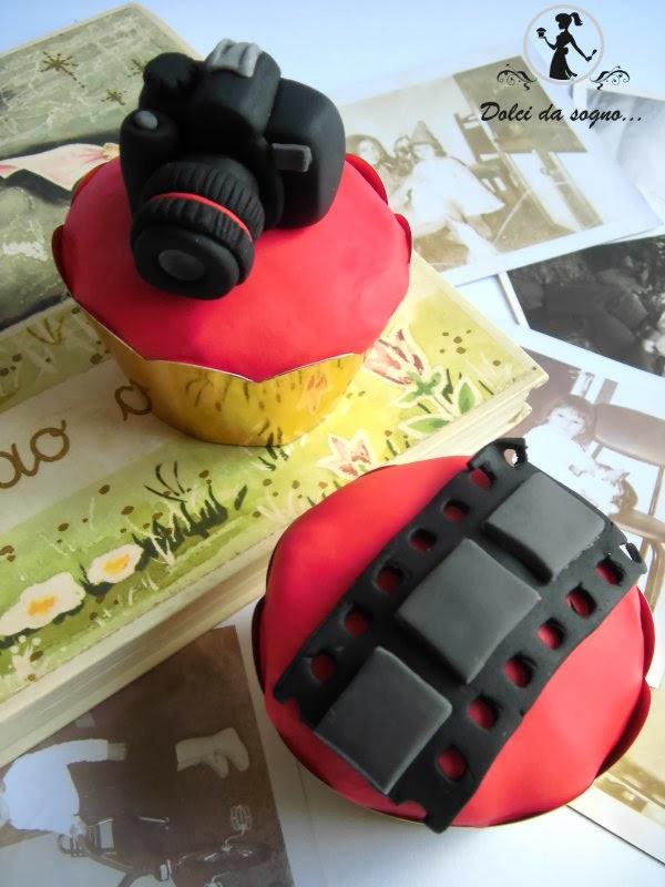 Cupcake topper- macchina fotografica