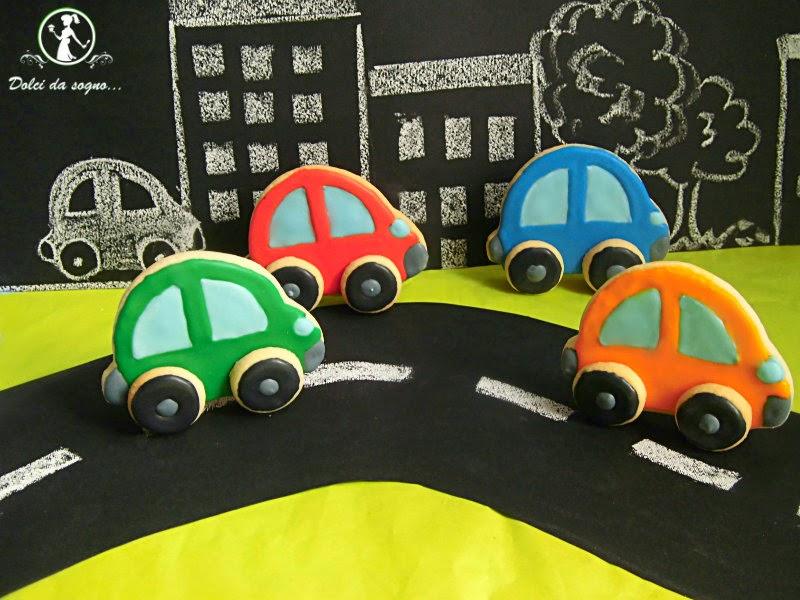 biscotti automobilina in 3d biscotti decorati con ghiaccia