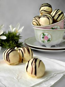 lemon cake ball