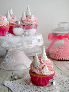 Cristmas pink cupcakes