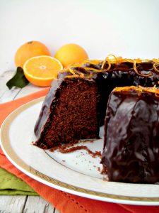 Ciambellone di cioccolato all'arancia