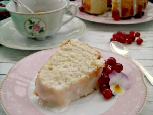 Mini angel cake