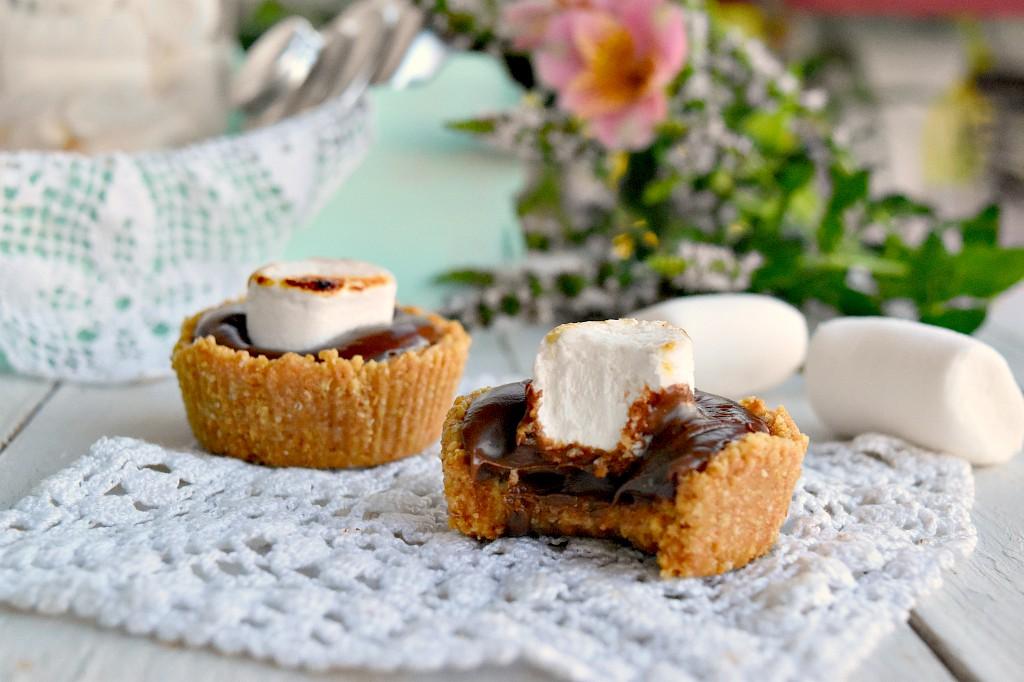 tartellette con nutella e marshmallow