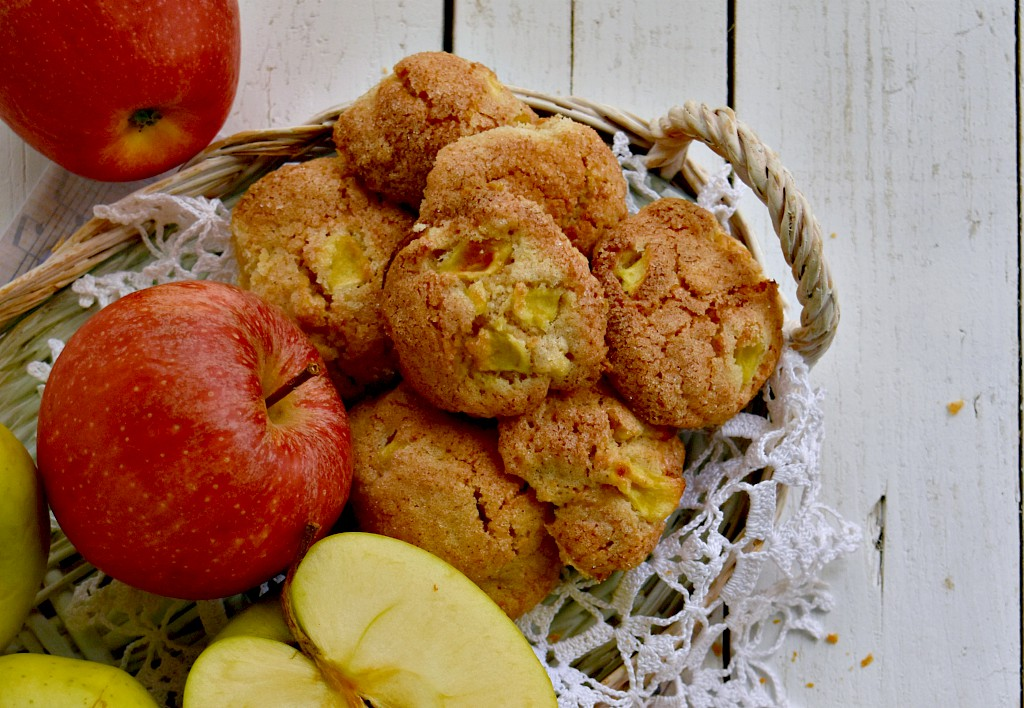 Biscotti morbidi alle mele e farina di farro
