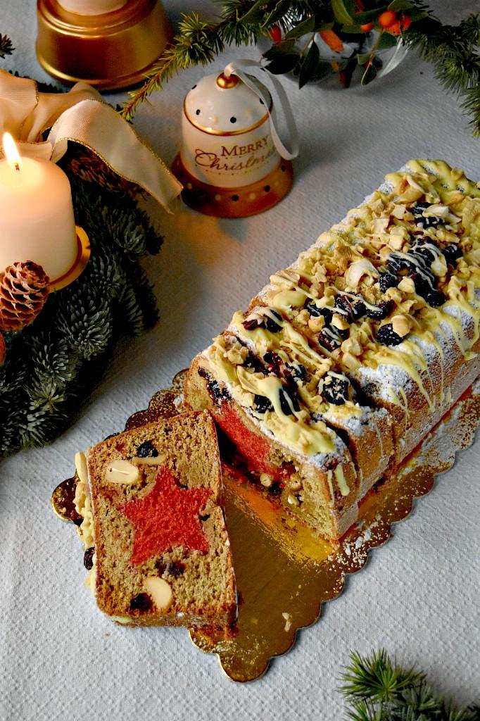 Plumcake natalizio con stellina e frutta secca
