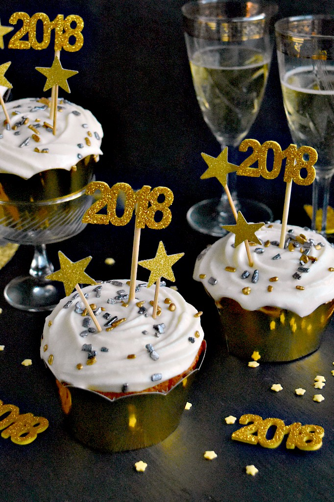 prosecco cupcakes and happy new year