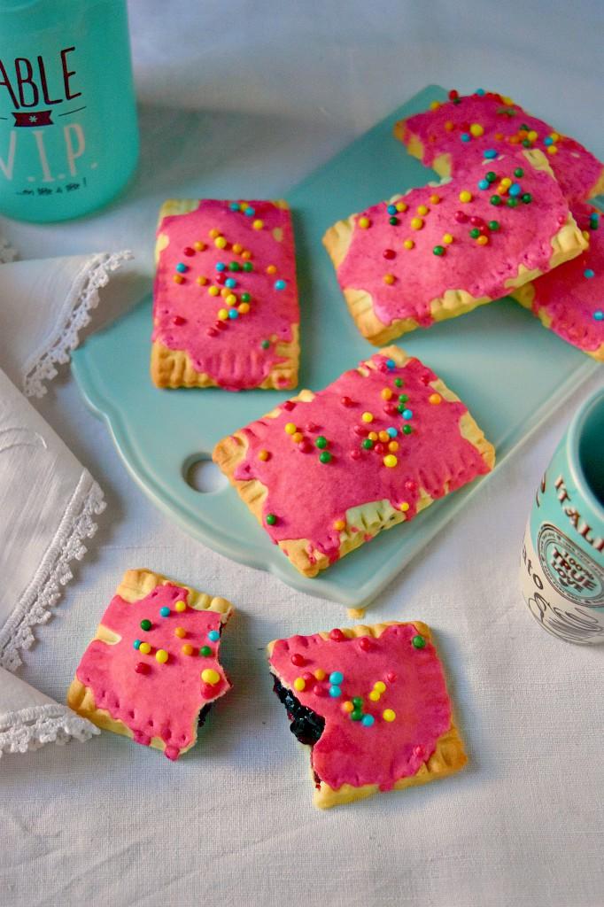Pop tarts con confettura di mirtilli, facili e veloci
