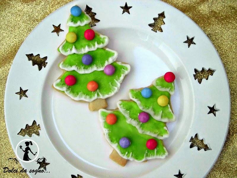 Facili biscotti ad alberello