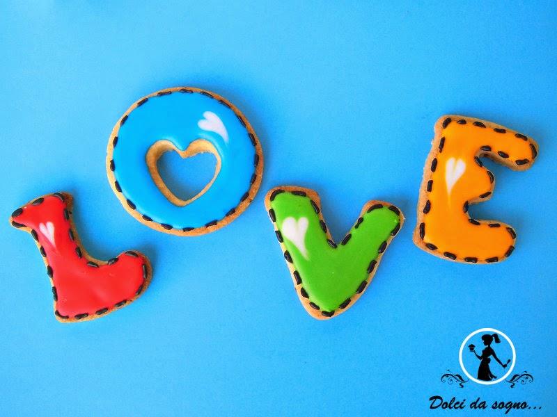 """Biscotti """"Love"""" per S. Valentino"""