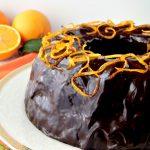 Ciambella di cioccolato all'arancia