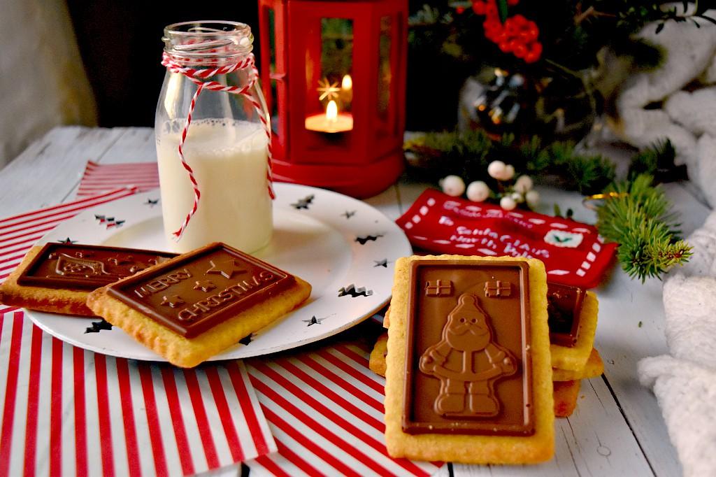 Biscotti di Natale al cioccolato, tipo oro ciok