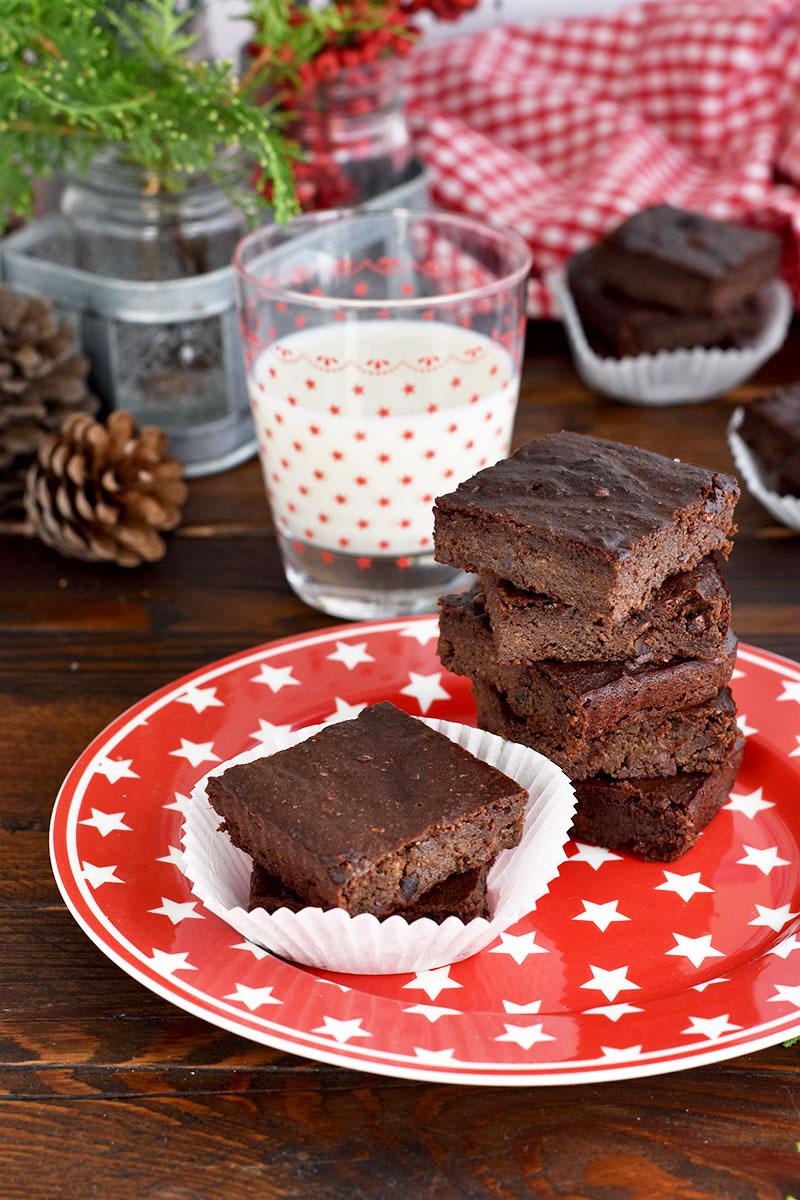 Brownies al cioccolato e avocado