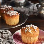 Muffin al cocco con farina di grano saraceno