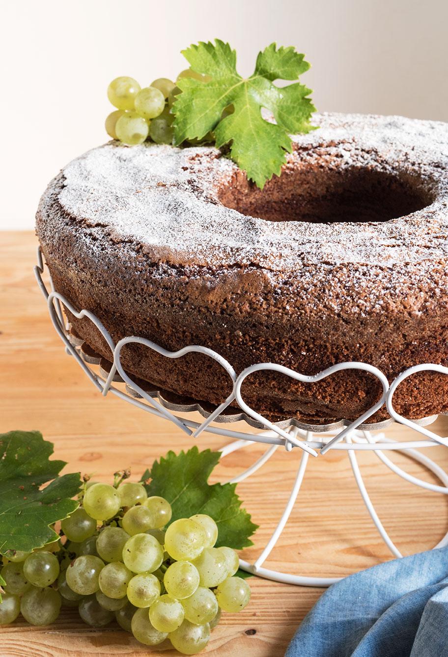 Ciambella al succo d'uva, soffice, soffice!