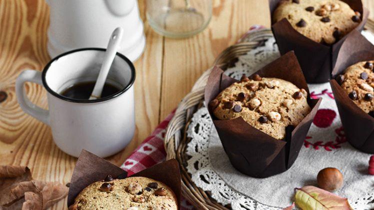 Muffin con nocciole e grano saraceno
